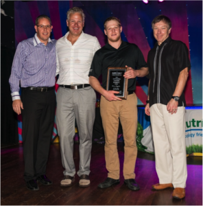 Nutri-Lawn Moncton received 2 awards at the 2014 Annual Meeting in Huatulco, Mexico - Featured Image