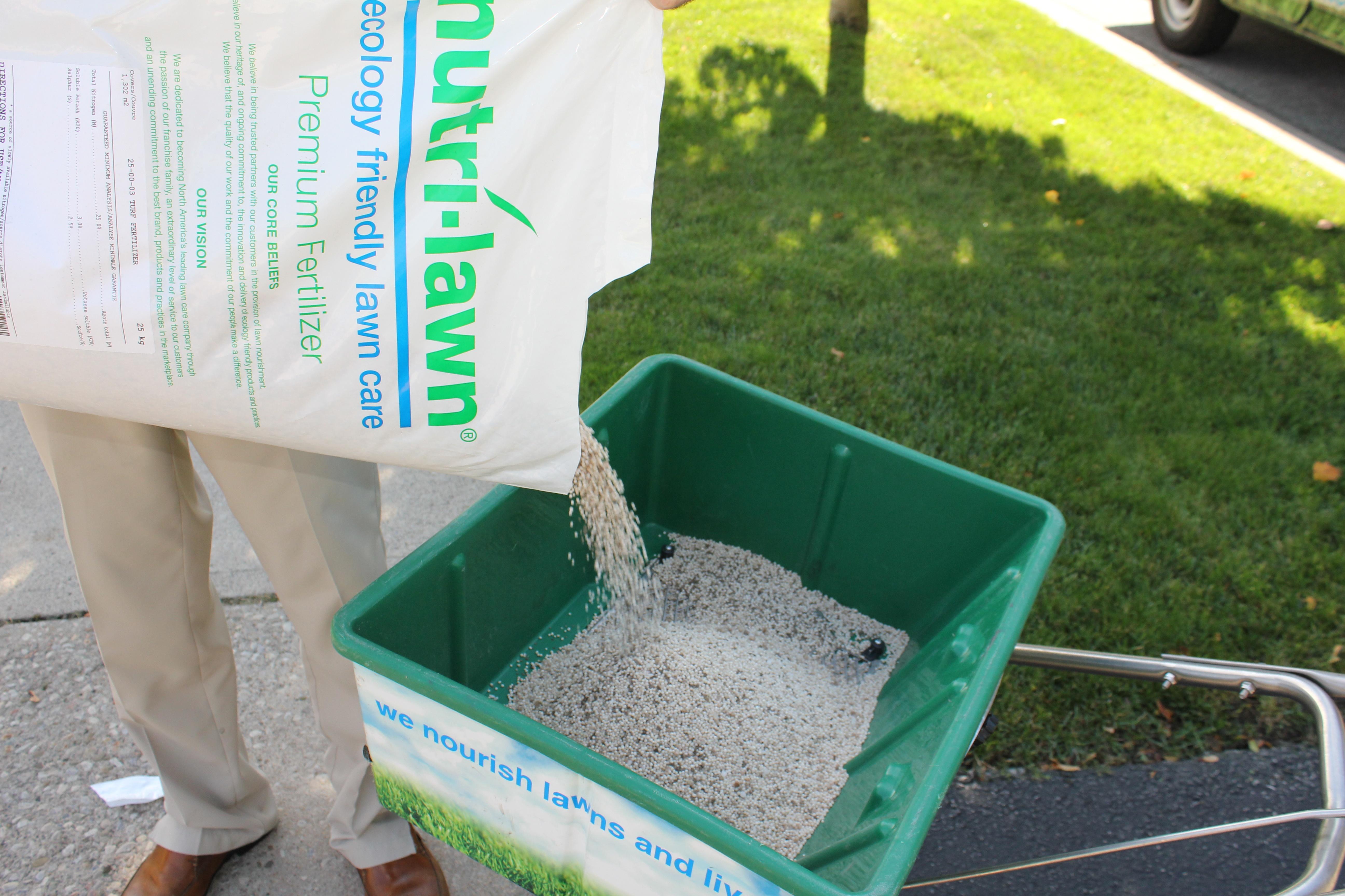 Nutri-Lawn Premium Blend Fertilizer
