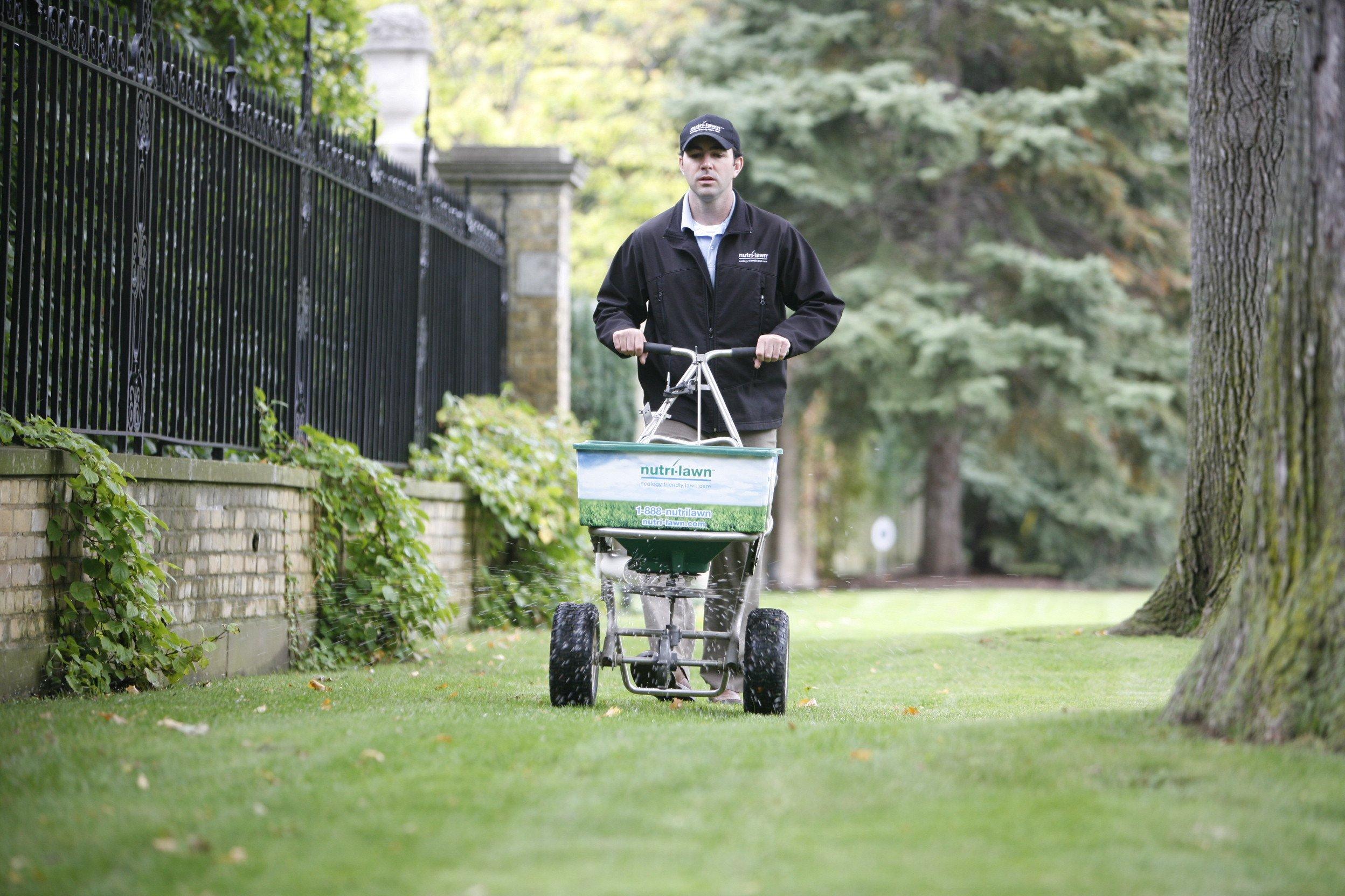 Organic Fertilizer Service